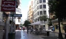 calle peatonal valencia
